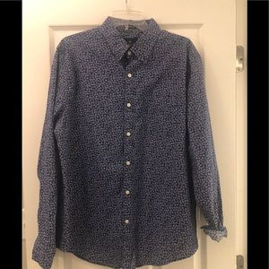 American Eagle Flower Button down